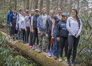 Biobehavioral Health students learn health benefits of the outdoors