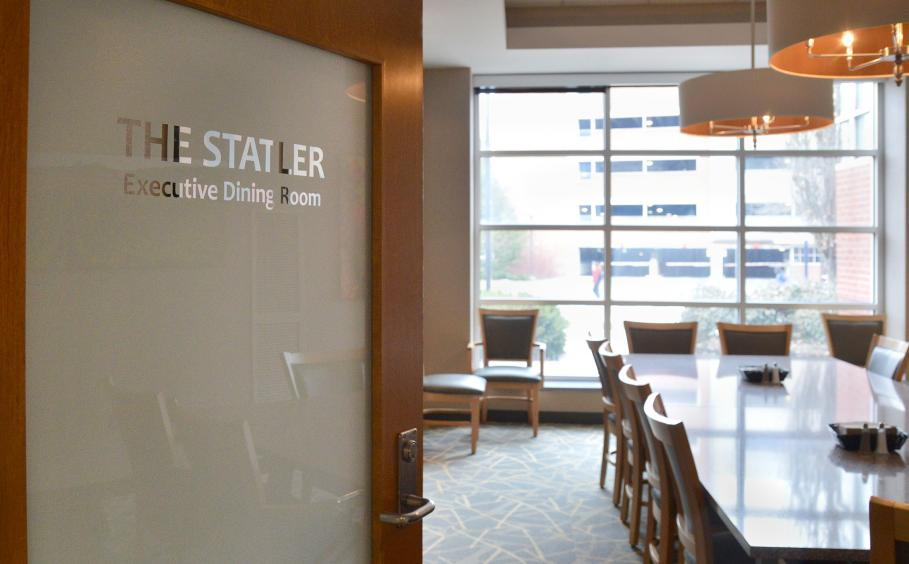 The Statler Executive Dining Room in Cafe Laura.